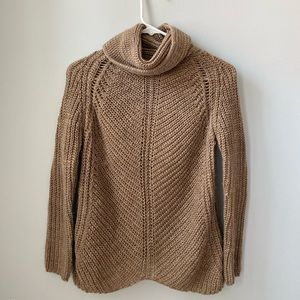 Zara Sweater. Fits adult S and XS. NEVER WORN**